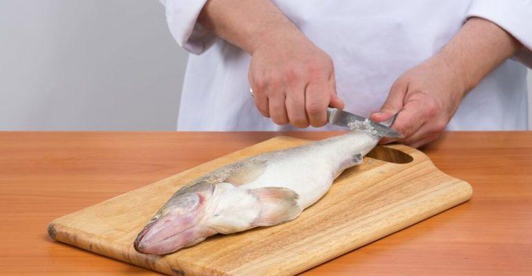 К чему снится чистить рыбу