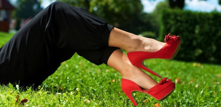 К чему снятся красные туфли