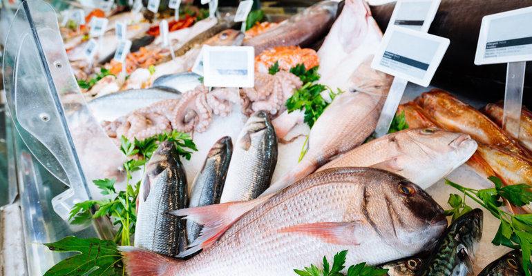 Покупать рыбу во сне