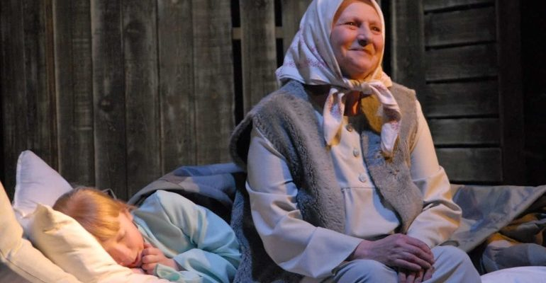 Бабушкой с во танцевать сне покойной
