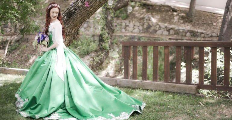 Сонник к чему снится платье