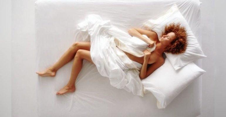 Видеть себя голой во сне к чему снится