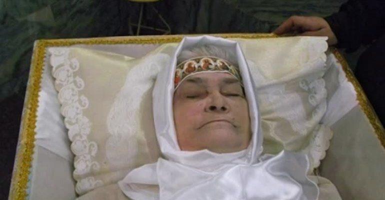 К чему снится покойная мама
