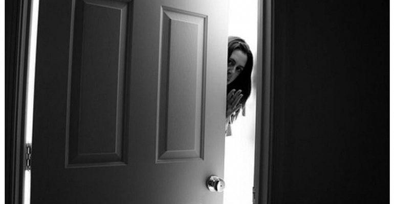 К чему снится сломанная дверь