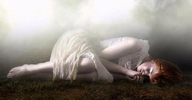 К чему снится смерть друга который жив
