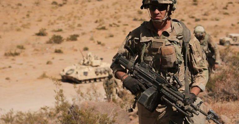 К чему снятся военные
