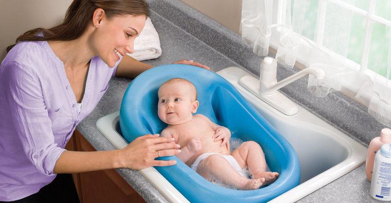 Сонник купать младенца к чему это снится