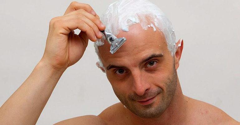 К чему снится брить волосы на голове