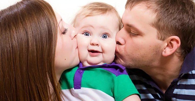 К чему снится целовать ребенка