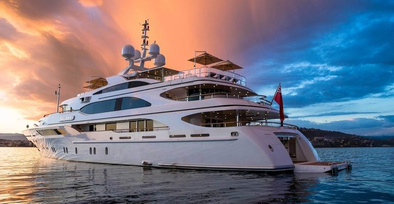 К чему снится яхта