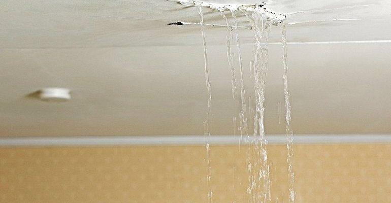 Сонник вода с потолка к чему снится