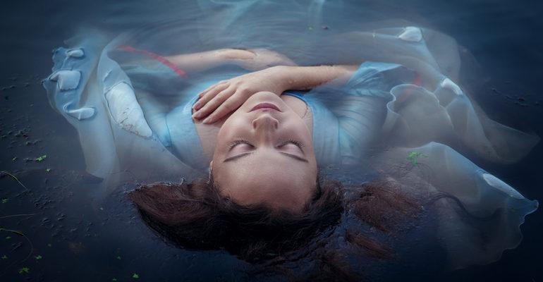 Видеть во сне утопленника в воде
