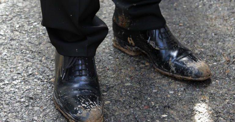 К чему снится грязь на обуви сонник