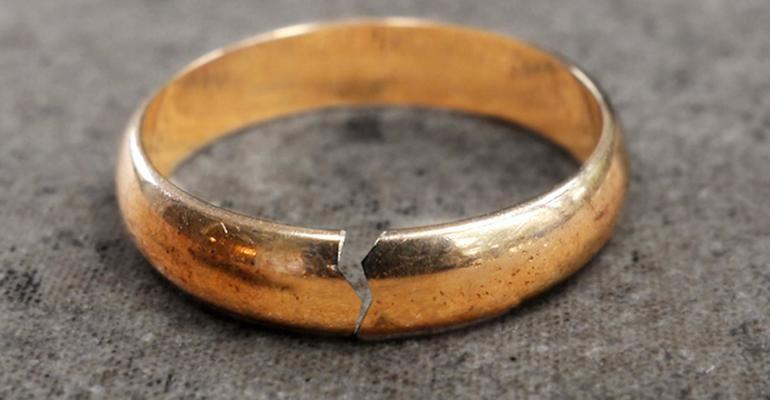 К чему снится сломанное обручальное кольцо