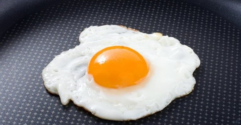 К чему снится яичница