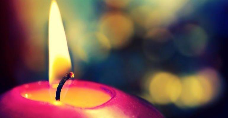 К чему снятся свечи сонник